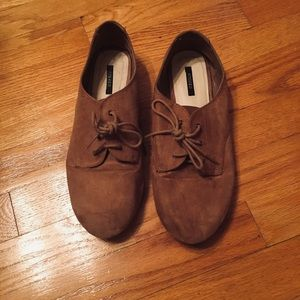 Suede lace-up oxfords!